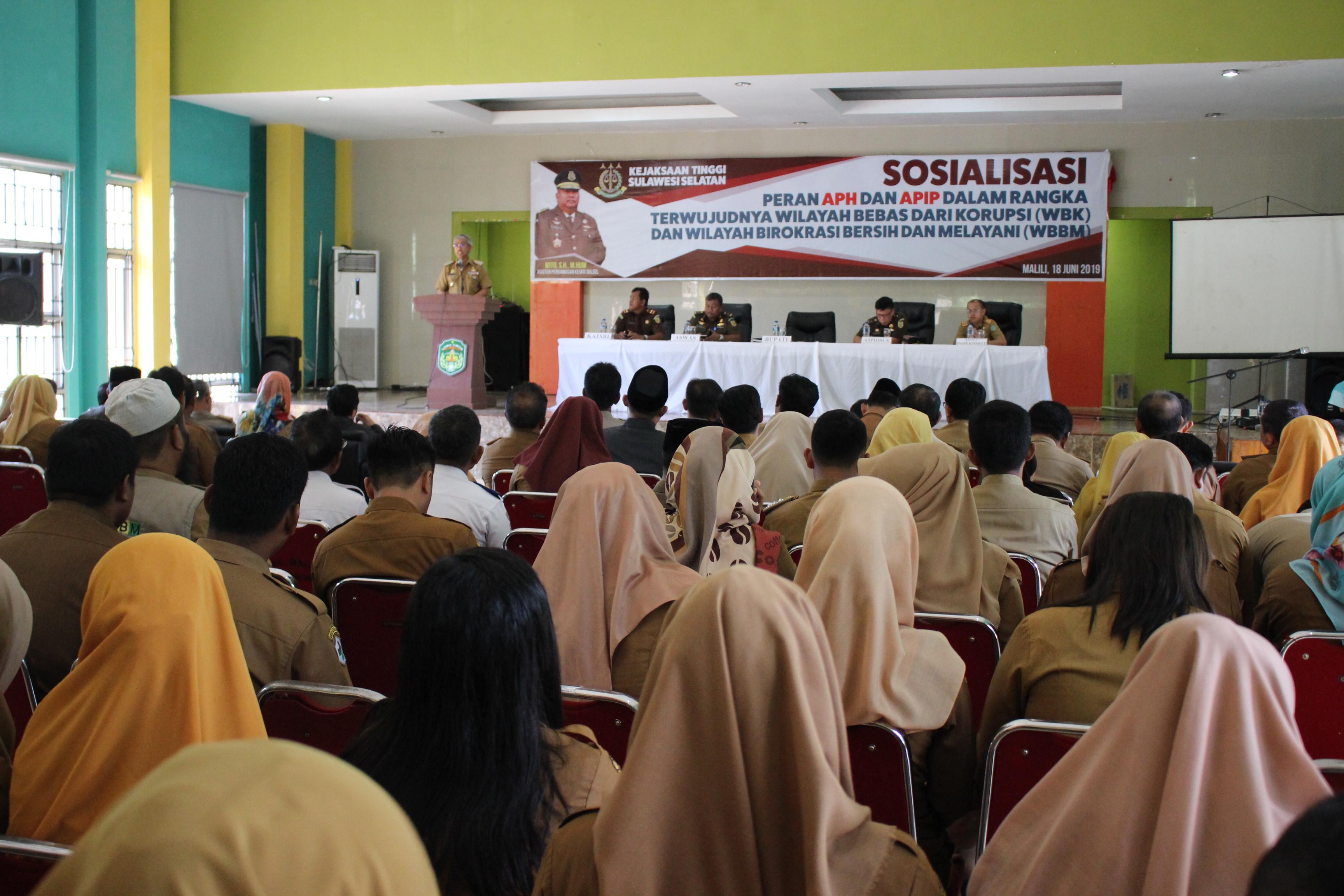 Suasana Sosialisasi APH dan APIP Oleh Kejati Sulsel di Luwu Timur