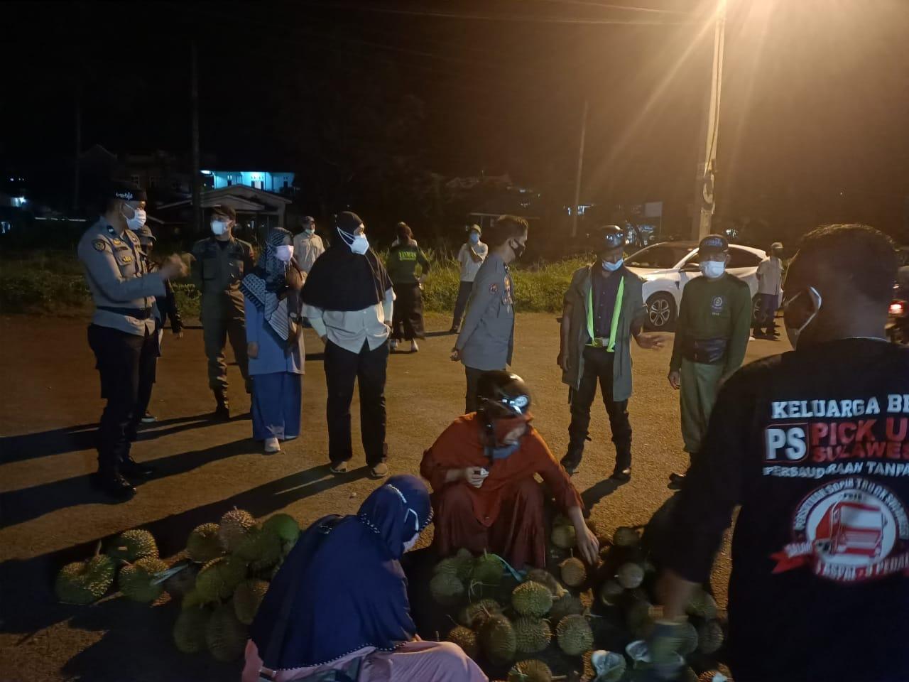 Patroli Penerapan PPKM, Begini Respon Masyarakat