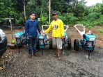 CLM Serahkan Bantuan 4 Unit Hand Traktor Untuk Warga Pongkeru