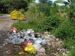 Persoalan Sampah Numpuk di Jalan, Kades Puncak Indah : Kami Dilema