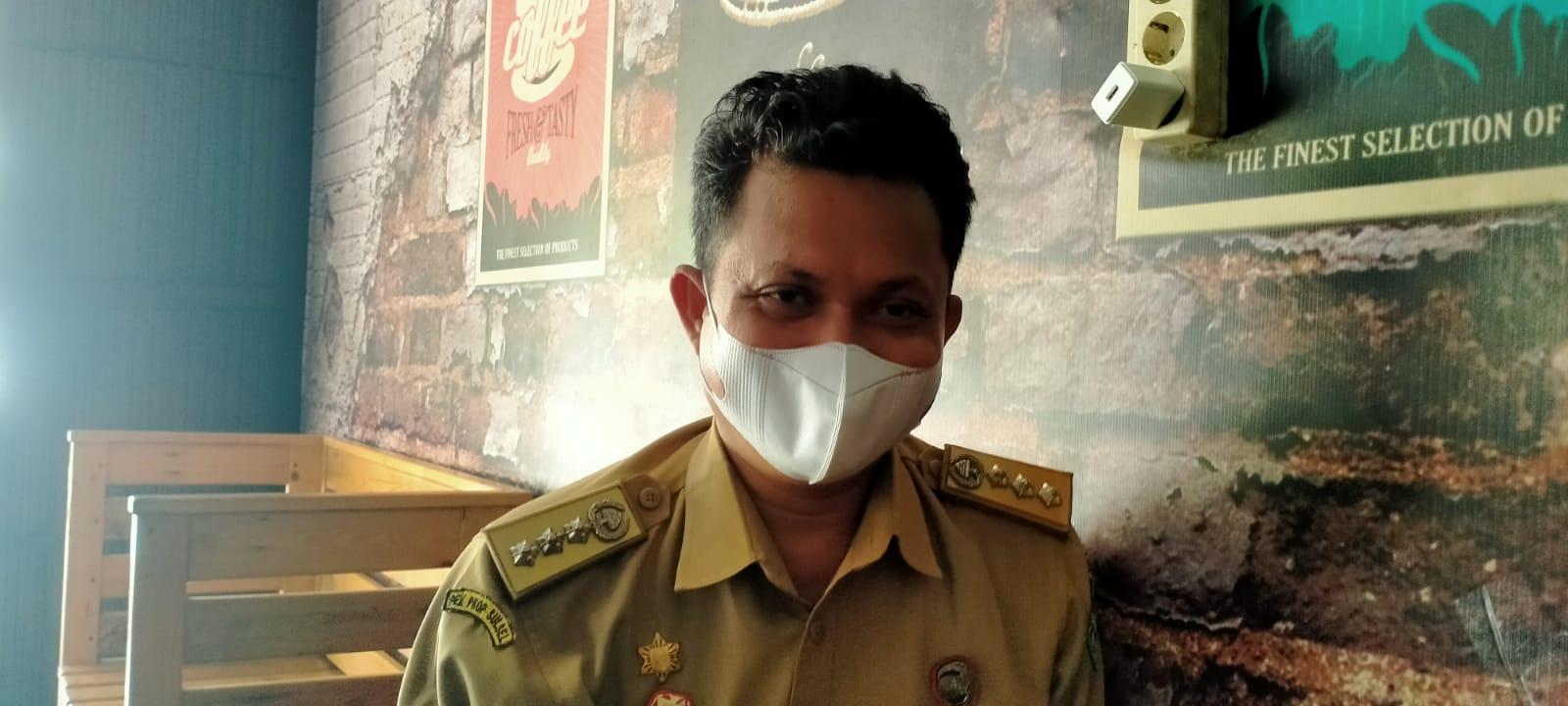 Jelang Pilkades Serentak, Camat Tomoni Minta Warga Jaga Silaturahim
